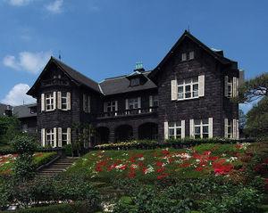 753pxkyufurukawa_tei_house1